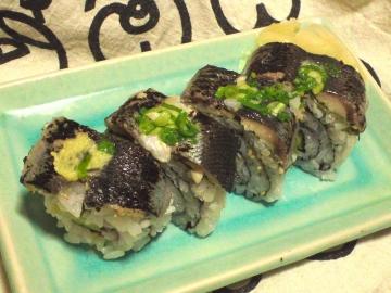 サミットの巻き寿司は旨い