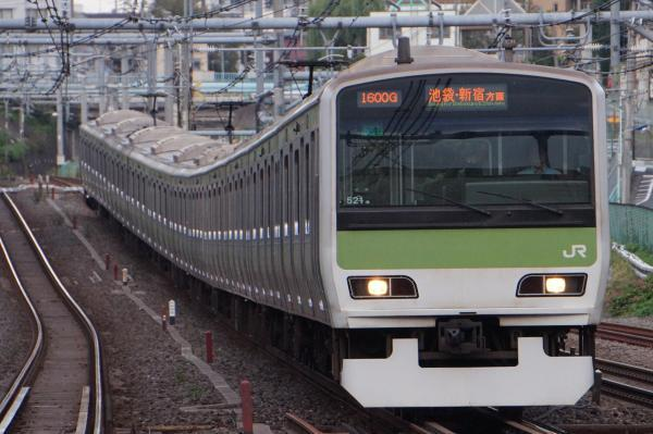 2017-10-08 山手線E231系トウ521編成 池袋・新宿方面行き