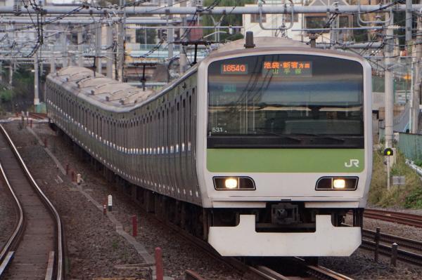 2017-10-08 山手線E231系トウ531編成 池袋・新宿方面行き