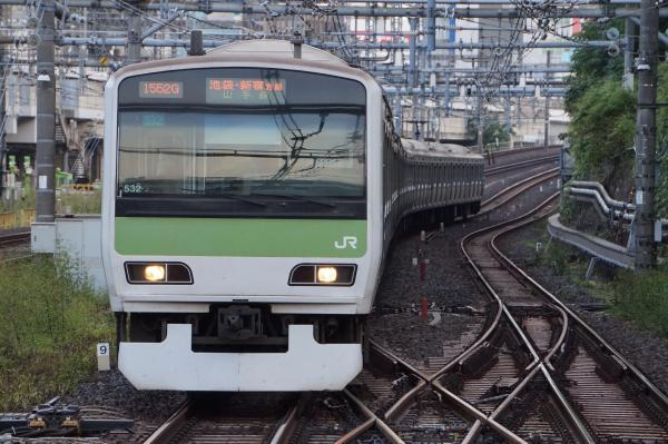 2017-10-08 山手線E231系トウ532編成 池袋・新宿方面行き