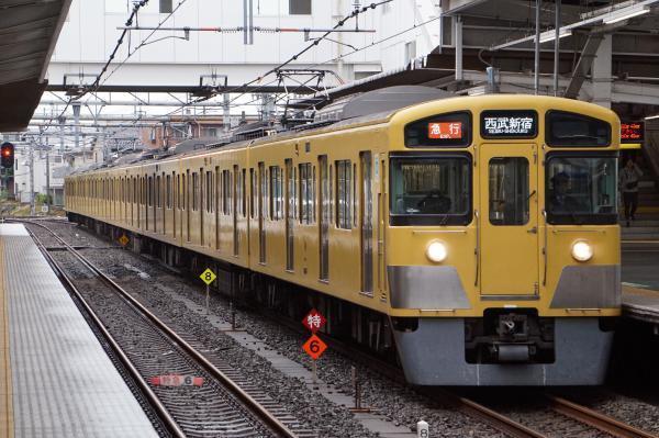 2017-10-14 西武2067F 急行西武新宿行き 2662レ