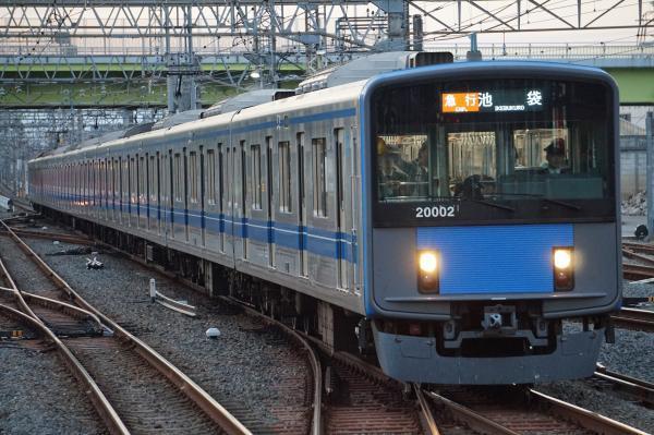 2017-11-03 西武20102F 急行池袋行き 2164レ