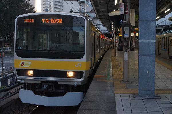 2017-11-05 総武線E231系ミツB8編成 千葉行き2