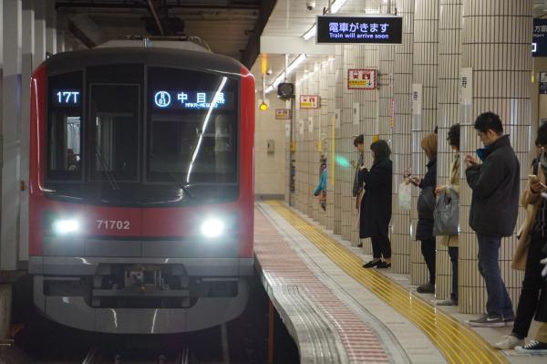 2017-11-19 東武71702F 中目黒行き