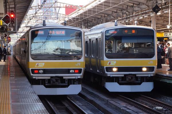 2017-11-25 総武線E231系同士の並び