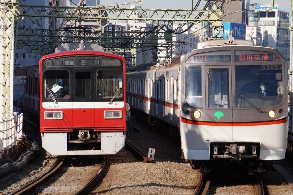 2017-11-25 京急1549F 都営5302F