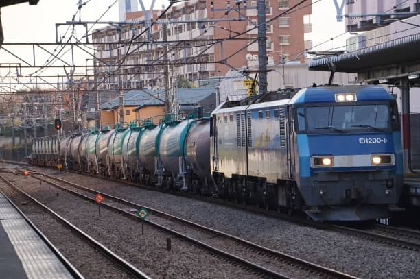 2017-12-13 EH200-5牽引 貨物列車