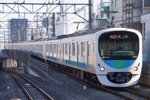 2017-12-21 西武32101F_38103F 急行飯能行き 2133レ