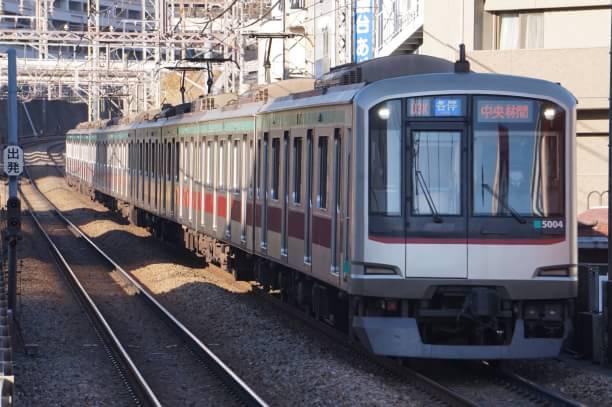 2017-12-25 東急5104F 各停中央林間行き