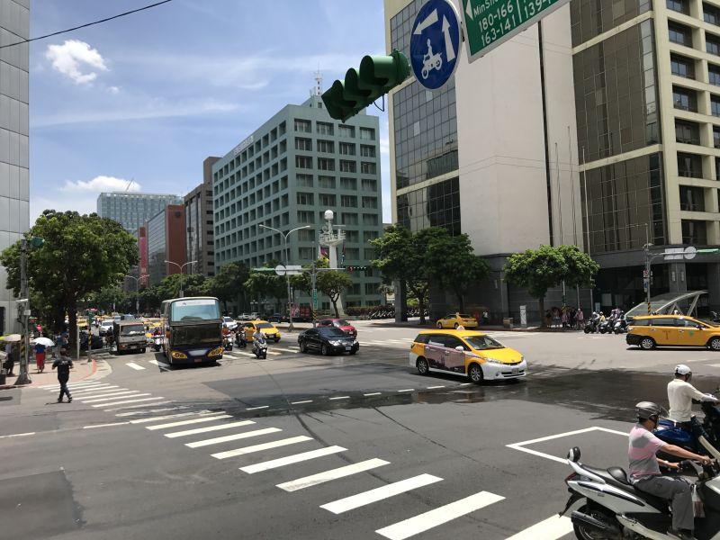 台北クロスバイク購入
