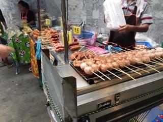 肉串の屋台