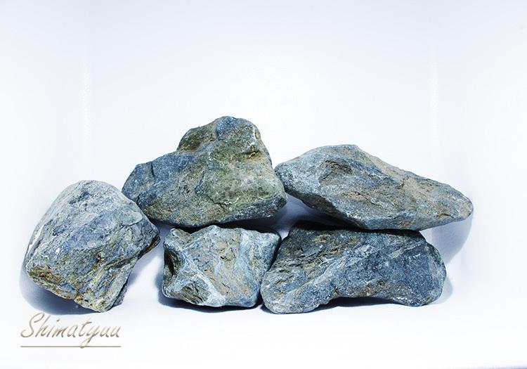 八海石1 (1)