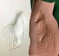 馬のフィギュアカービング雌型馬の