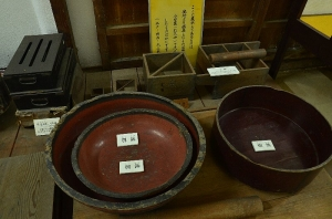 魚箱(佐嘉奈箱)、鮨桶など