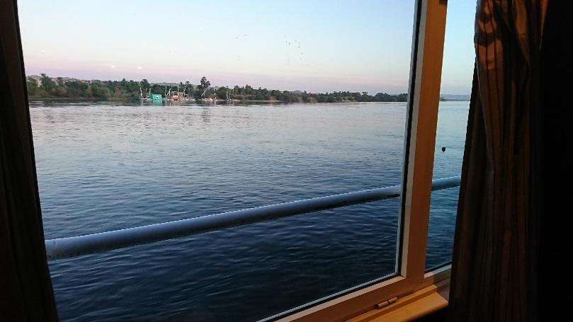 ナイル川クルーズ船にて