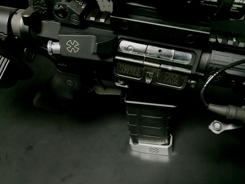 3次世代 M4 PORT COVER SURPRISE COCK FAG!ポートカバー 刻印