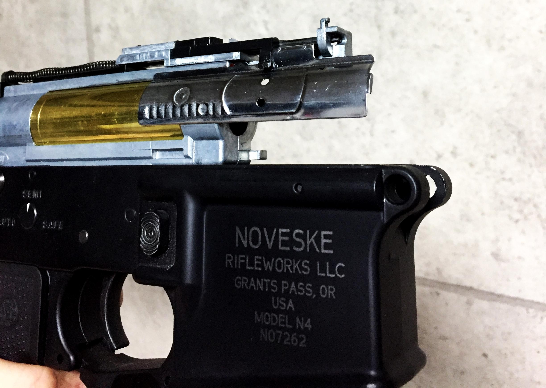 6次世代 M4 NOVESKE LayLax First Factory MG メタル ロアフレーム カスタム 刻印