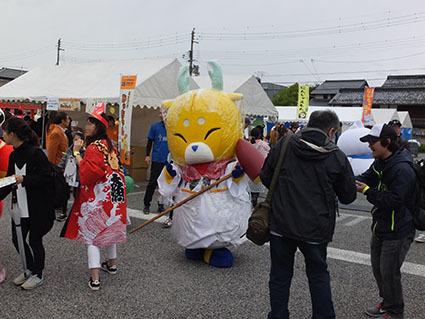 kyarahaku201718.jpg