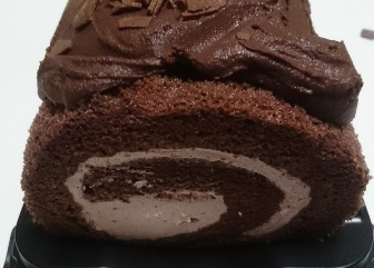 ショコラロールケーキ03