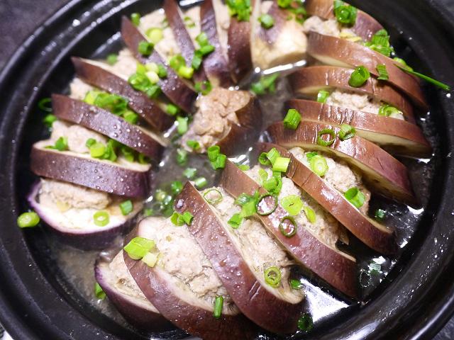 生協パルシステムレシピサイトから豚ひき肉となすの重ね蒸しを作ってみた。