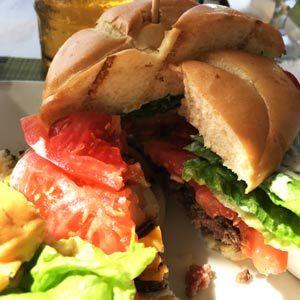 ハワイ アラモアナSC マリポサ ハンバーガー