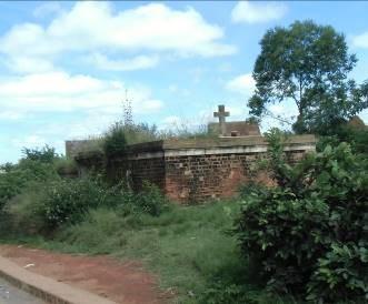 マダガスカルの墓2