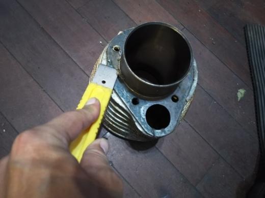 エンジン腰上清掃 (2)