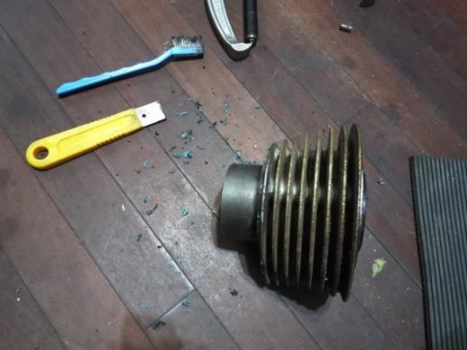 エンジン腰上清掃 (3)