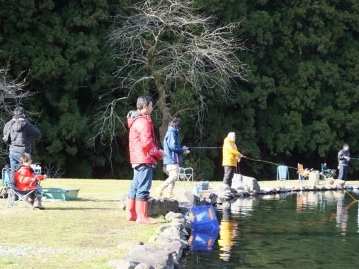 第六回釣り大会 フィッシングリゾート (36)