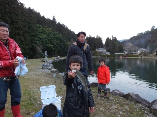 第六回釣り大会 フィッシングリゾート (38)