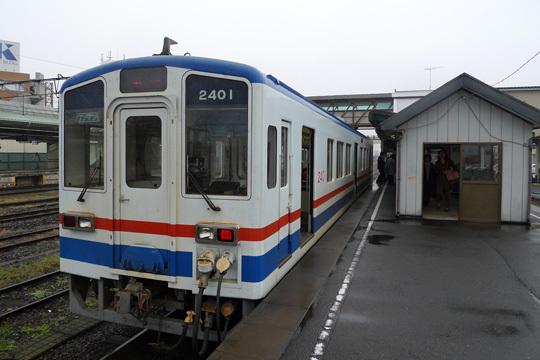 関東鉄道キハ2401@下館駅
