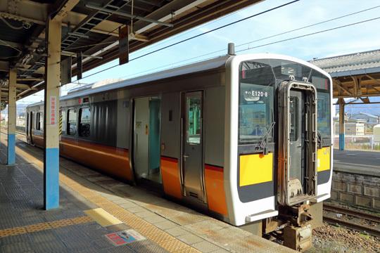 キハE120@新発田駅