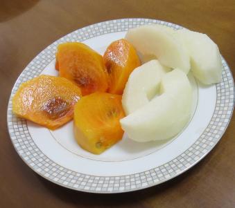 次郎柿と梨の中身