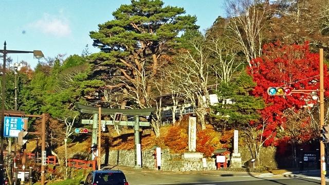 2中禅寺湖の日光二荒山神社中宮祠