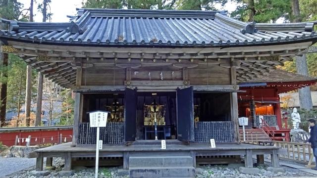 8神輿舎と神輿(重要文化財)