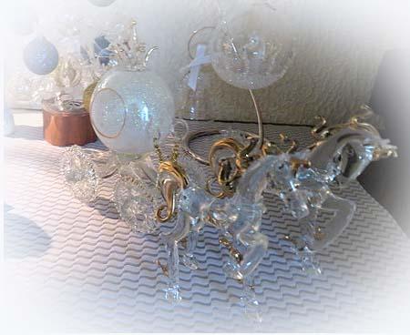 1120ニッチガラスの馬車