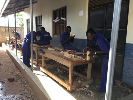木工大工の実技訓練