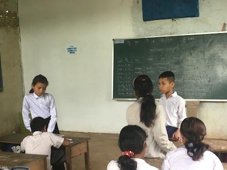 ご支援で修繕された壁(小学校(