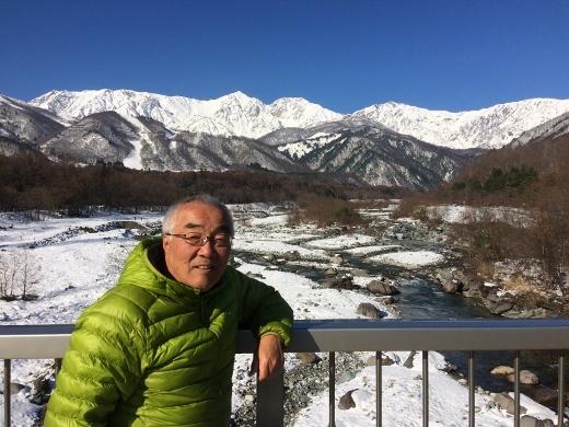28日白馬岳大橋にて (520x390)