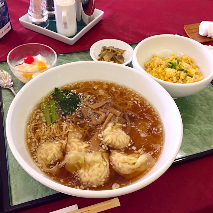 ディアレイクカントリークラブ@鹿沼市玉田町 2 海老ワンタン麺