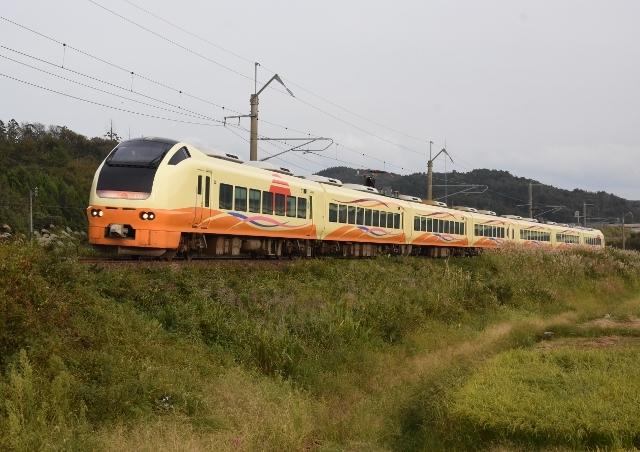 29-10-01 羽後亀田 n72 015 (640x452)
