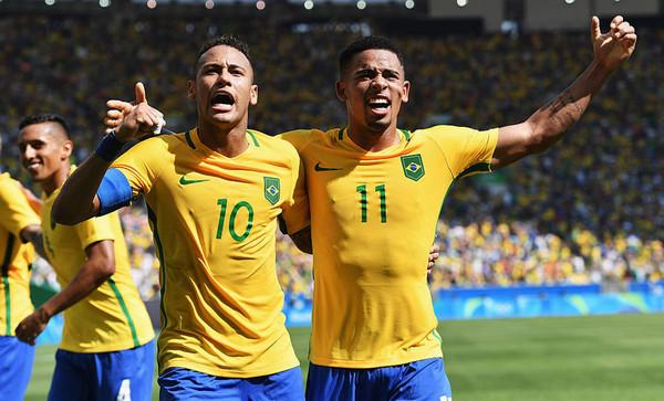 サッカーブラジル代表 ネイマール ジェズス
