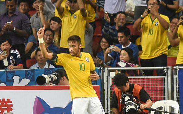 サッカー日本代表 ブラジル代表 ネイマール