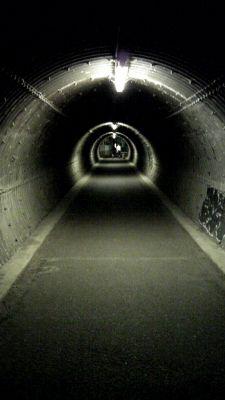 尼崎のタイムトンネル - クリックで拡大