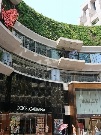 上海:4月2017年 (76)