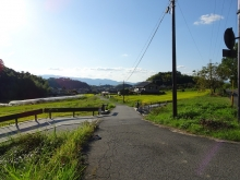 八釣から西へ延びる道1