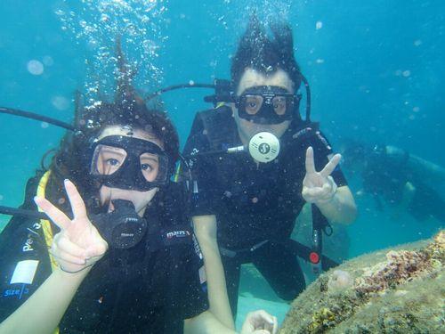 那覇市観光ついで体験ダイビングおすすめ初めて高齢者安心して楽しめる半日1日貸切