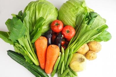 一人暮らし「野菜とらなきゃ(使命感)」
