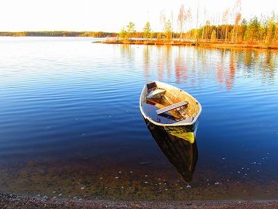 湖上のボート2