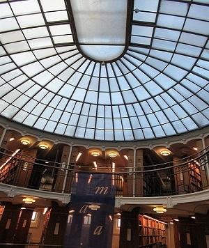 国立図書館天井